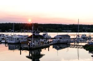 Harbor Sunset web